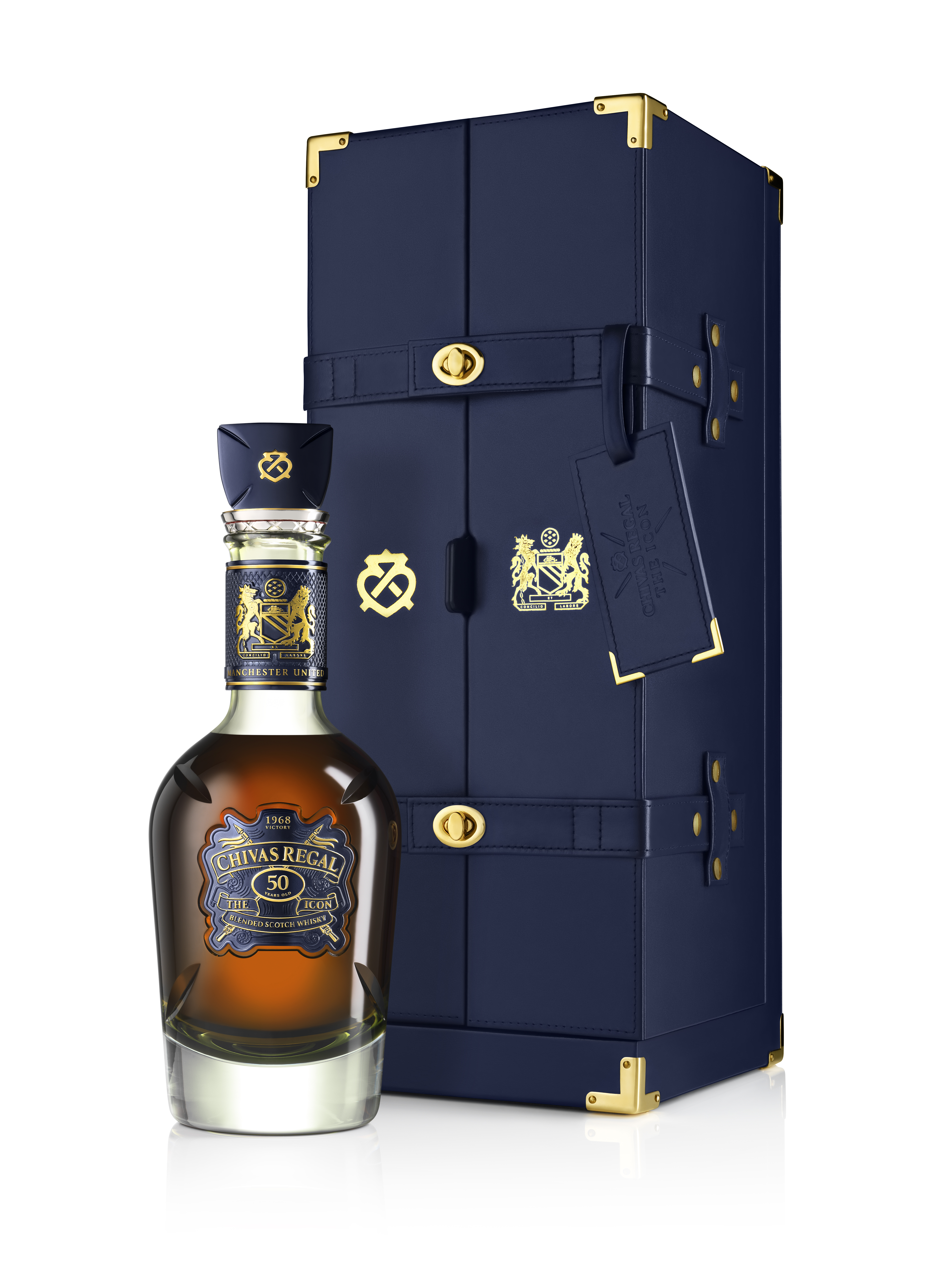 525123fa5 Chivas Celebrates Manchester United's 1968 Victory with a Rare 50-Year-Old  Whisky