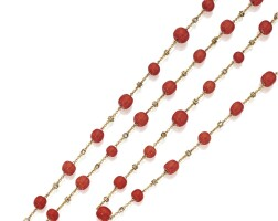 13. 18 karat gold, coral and diamond chain necklace