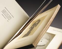 40. paul guillaume et guillaume apollinaire, sculptures nègres,paris, 1917