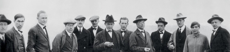 L'equipe du Bauhaus, c.1920 (b/w photo)
