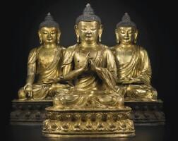 129. 明十五世紀 鎏金銅藥師佛、毘盧遮那佛和阿彌陀佛坐像一組三尊