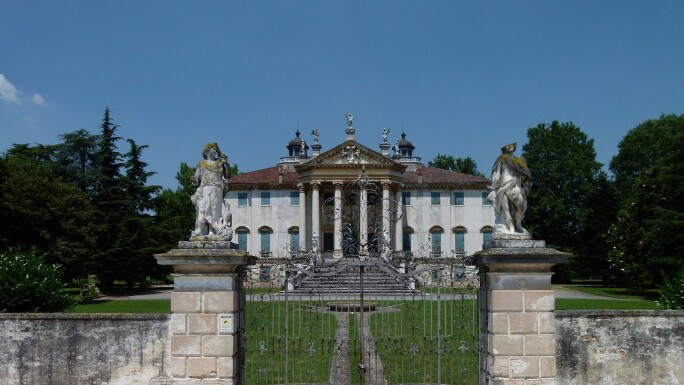 Villa_Giovanelli1.JPG