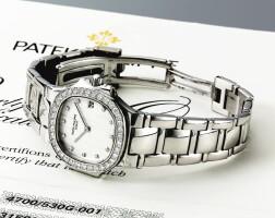 3. 百達翡麗(patek philippe) | 4700/530型號「nautilus」女裝白金鑲鑽石鍊帶腕錶備日期顯示,2003年製。