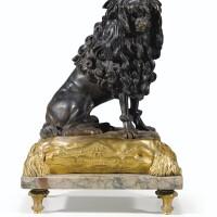 141. figure de caniche en bronze patiné et doré de style louis xvi d'après un modèle de jacques caffieri (1714-1774)