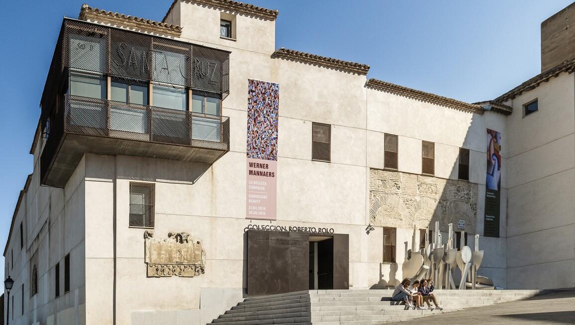 Exterior of the Colección Roberto Polo