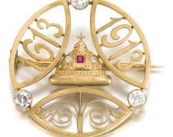 417. an imperial presentation fabergé jewelled gold tercentenary brooch, moscow, 1913