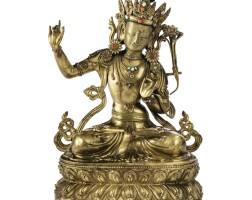 30. statuette de manjushri en cuivre doré repoussé dynastie qing, xviiie siècle  