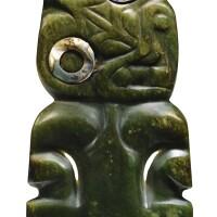 1. pendentif hei tiki, maori, nouvelle-zélande