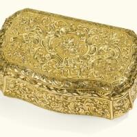 2. a gold snuff box, probably hanau, mid-19th century