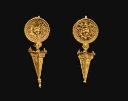 15. a pair of greek gold earrings, magna graecia, circa late 4th /early 3rd century b.c. | a pair of greek gold earrings, magna graecia