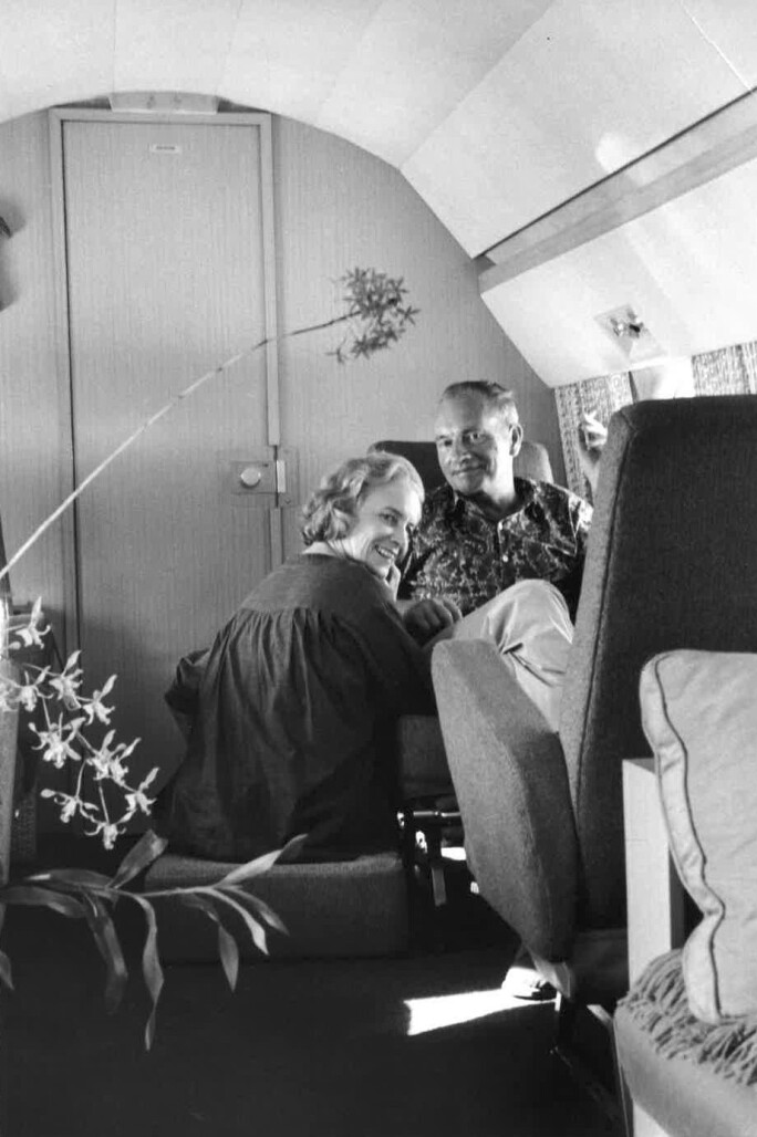 Bunny and Jean on her private jet ca 1970.jpg
