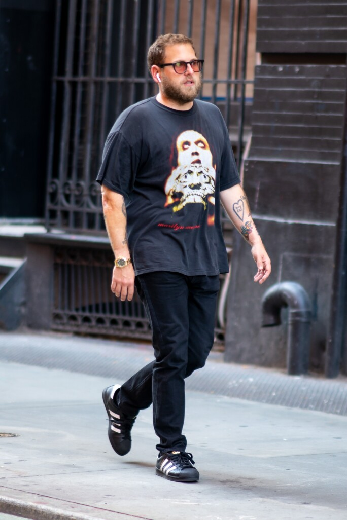 JONAH HILL SPORTING A ROLEX DAYTONA REFERENCE 116508. VIEW UPCOMING DAYTONA LOTS NOW. GOTHAM/GC IMAGES