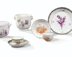 41. ensemble de porcelaines allemandes et hollandaise du xviiie siècle