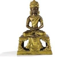 31. 清乾隆 鎏金銅無量壽佛坐像