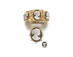32. gold and hardstone cameo demi-parure, 1890