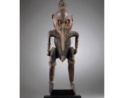 13. très importante statue masculine, bas sepik , papouasie nouvelle-guinée