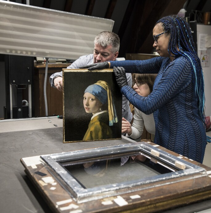 Photo 2 - The Girl in the Spotlight, Mauritshuis.jpg