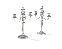 152. paire de candélabres à trois lumières en argent, gênes, vers 1830, poinçon de maitre ln non identifié