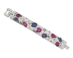 9061. 寶石配鑽石手鏈