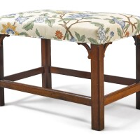 6046. chippendale mahogany bench, america or england, circa 1780