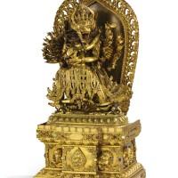 27. 明十五世紀中期 鎏金銅大威德金剛像 清乾隆 鎏金銅嵌寶背光須彌座