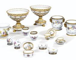 48. ensemble de porcelaines et faïences européennes des xixe et xxe siècles