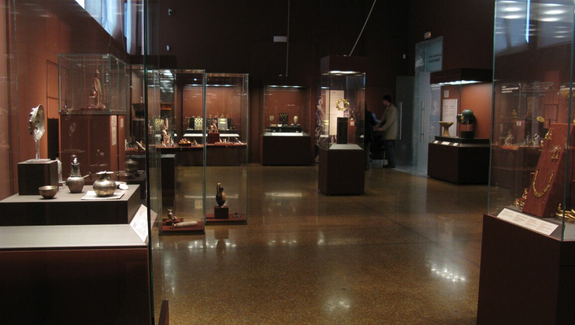National Archaeological Museum Interior 1.jpg