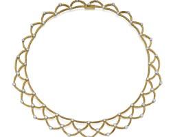 55. 18k黃金鑲鑽石項鏈, buccellati