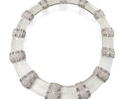 596. 18 karat white gold, platinum, carved rock crystal and diamond necklace