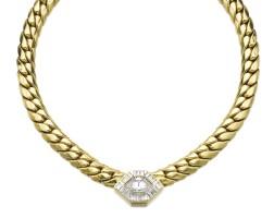 13. 黃金鑲鑽石項鏈