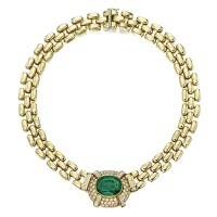 33. gold, emerald and diamond necklace