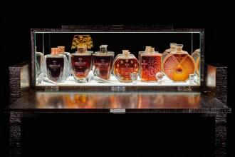 l19720-lalique-cabinet-04.jpg