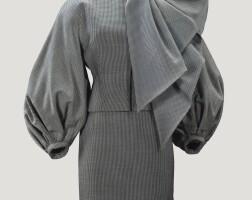 8. christian diorhaute couturepar gianfranco ferre, automne-hiver 1989-1990