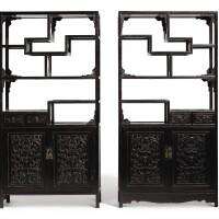 105. 清 硬木螭龍瑞蝠紋亮格櫃一對