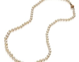 549. natural pearl necklace