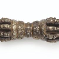 109. 十二世紀 西藏 鐵鑄錯銅合金及黃金金剛杵