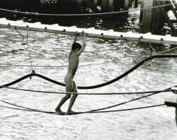 9. 邱良 | 一步一驚心(灣仔碼頭,1961)