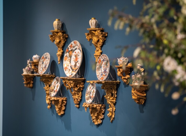 A set of Meissen plates in an auction selling European Ceramics