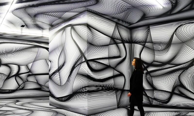 Peter-Kogler-Arts-and-Robots-Paris.jpg