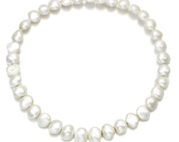 464. cultured pearl necklace