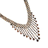 1610. natural clam pearl necklace