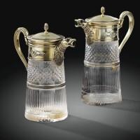 56. paire d'aiguières de deux tailles différentes de style empireen cristal taillé monté en vermeil, france, xxe siècle
