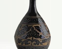 3. a 'cizhou' sgraffiato black-glazed bottle vase, yuhuchun ping song / jin dynasty |