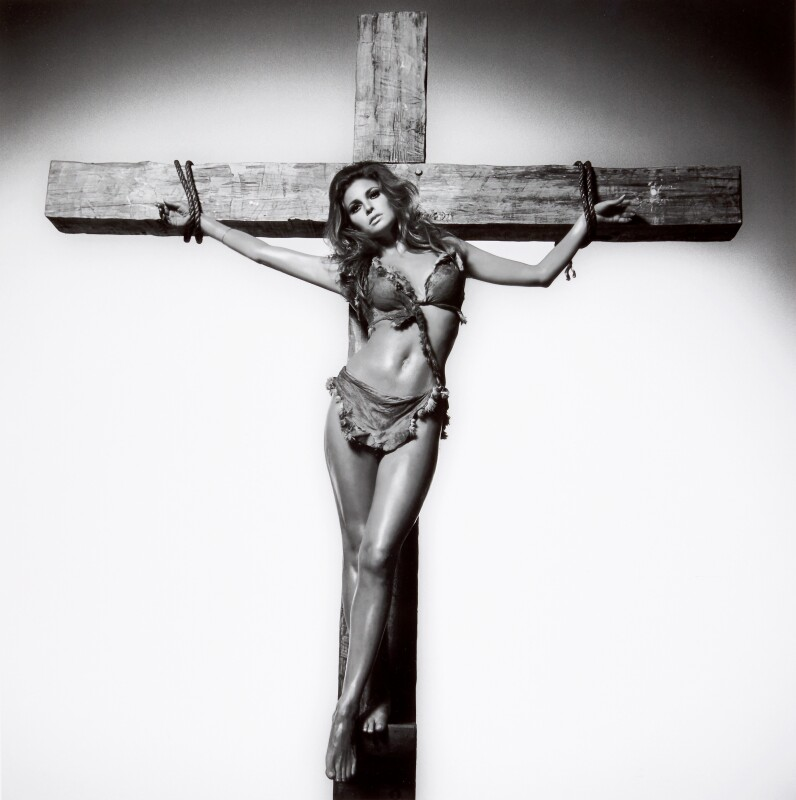 Terry O'Neill, Raquel Welch on the Cross, Los Angeles, 1966