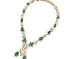 48. emerald and diamond necklace-bracelet combination