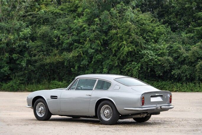 6-1969-Aston-Martin-DB6-Mk-2-Vantage.jpg