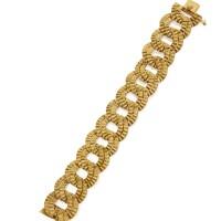31. gold bracelet, bulgari