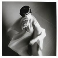 13. melvin sokolsky | melanie bat paris, 1965