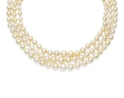 46. natural and cultured pearl necklace