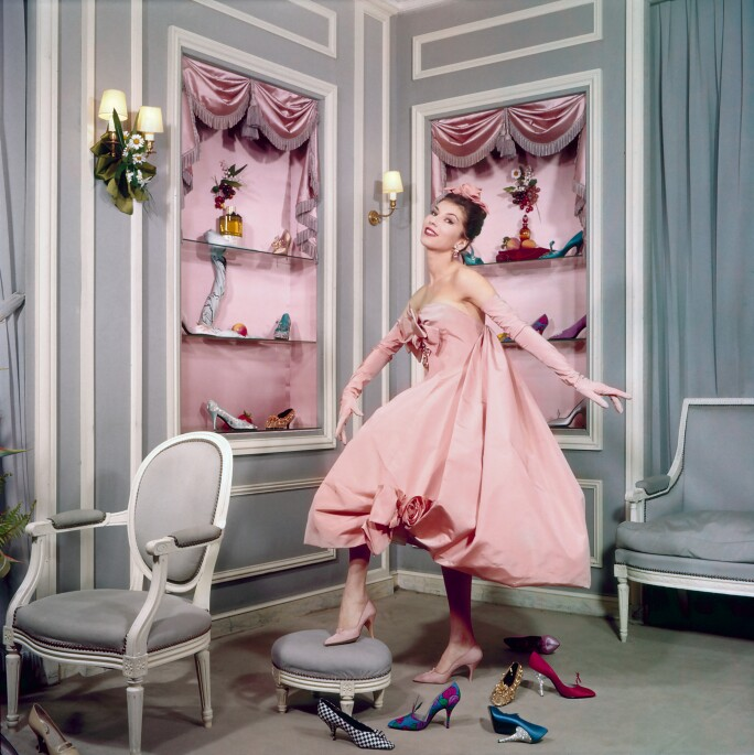 dior-and-his-decorators-shoe-store-model.jpg